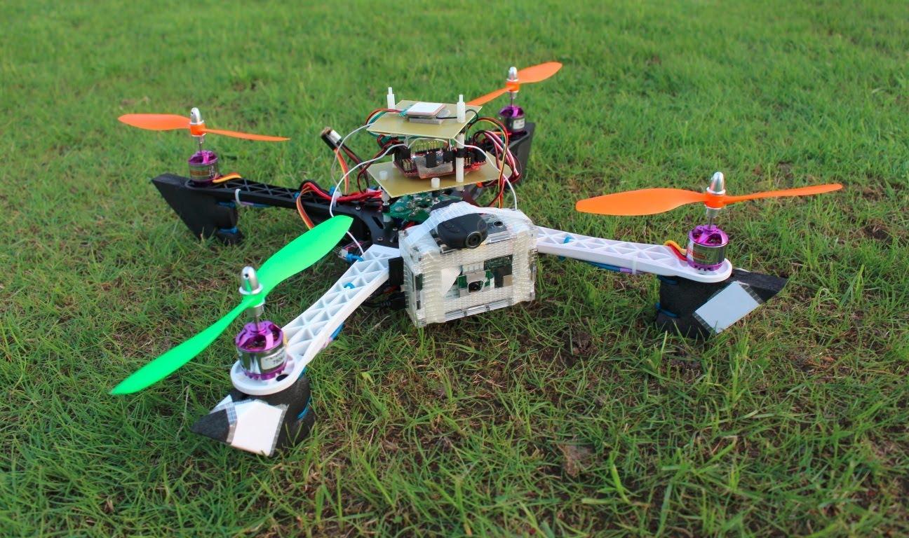 Exemple de quadricoptère DIY